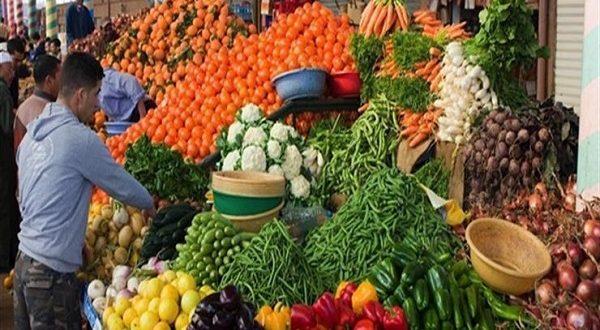 انخفاض سعر الطماطم واستقرار الفاكهة في أسواق الجملة اليوم